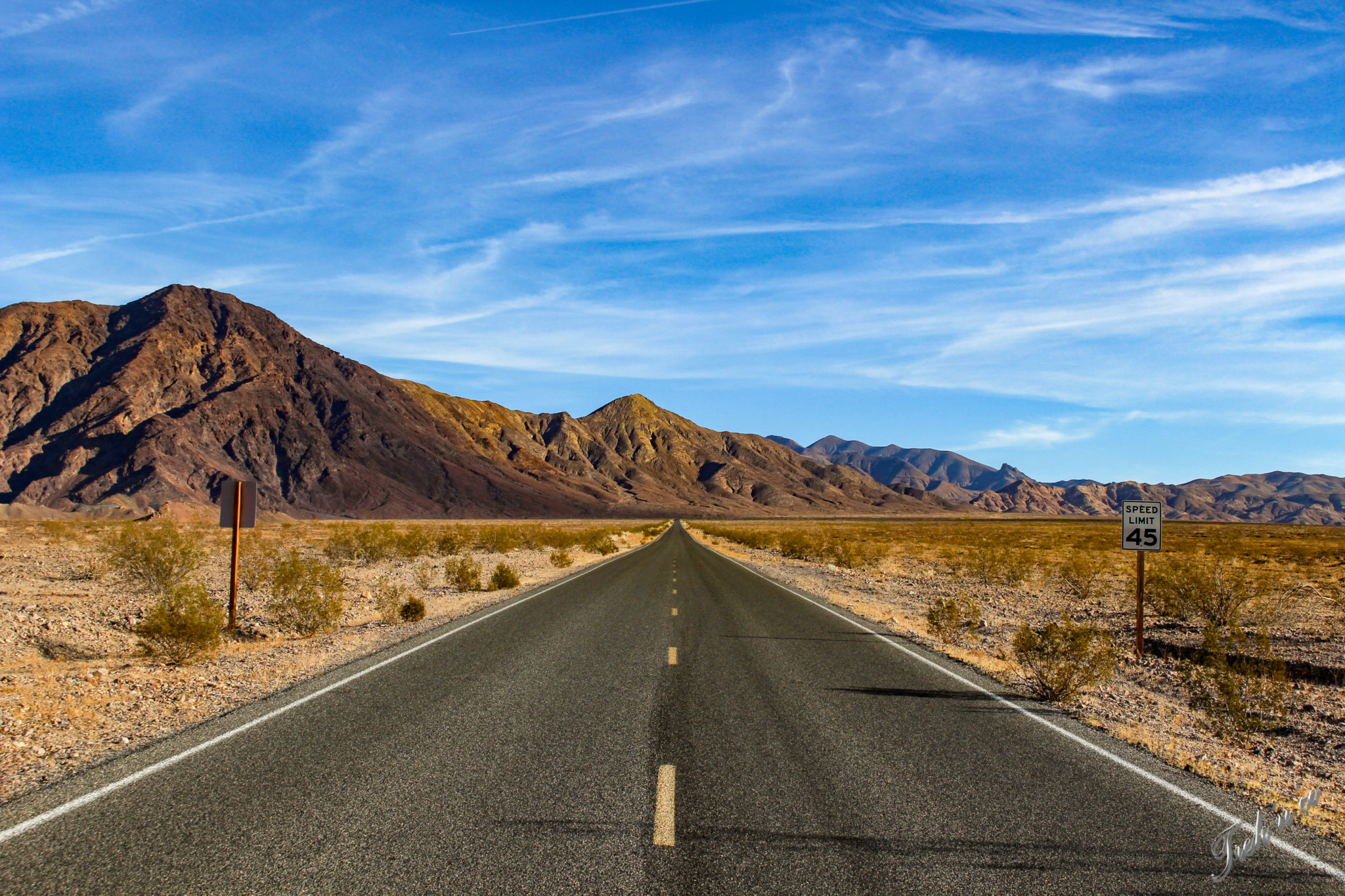 death_valley_roads